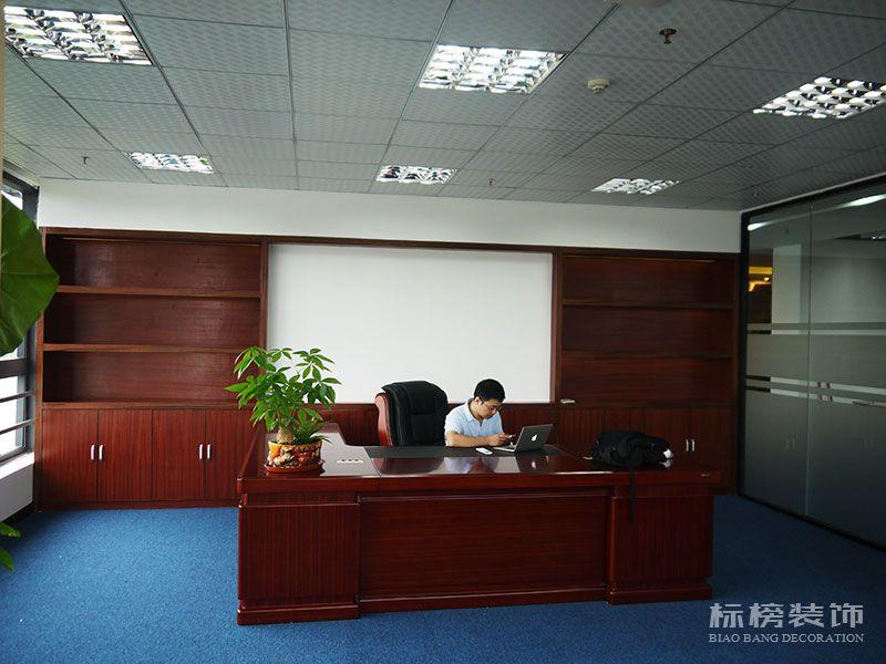 南山区TCL产业园思珀锐激光办公室装修6