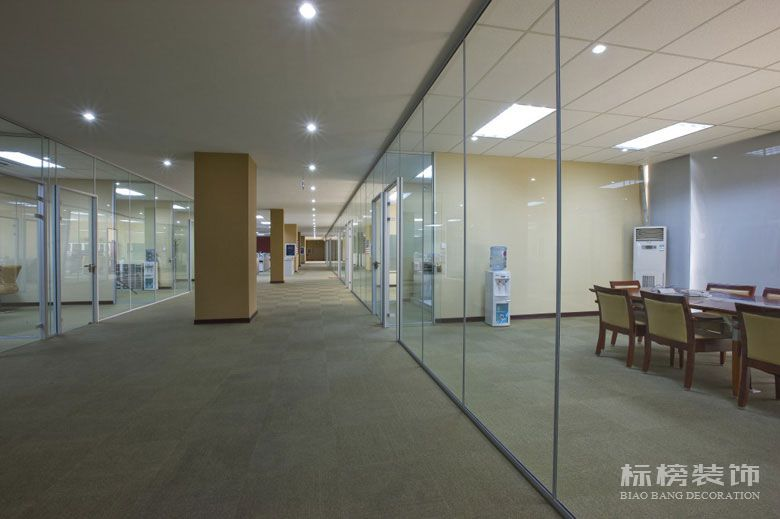 洋景休闲厂房和办公室装修1