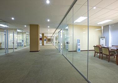 洋景休闲厂房和办公室装修