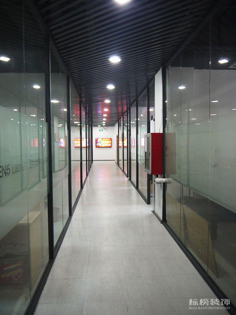 南山科技园-感臻科技办公室装修3